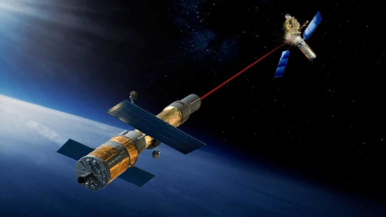 """U.S. """"Weaponizing"""" Space to Contain China & Russia"""