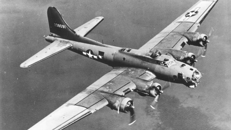 In 1943, Piloting a Flying Fortress Over Italy Was One Frightening Job