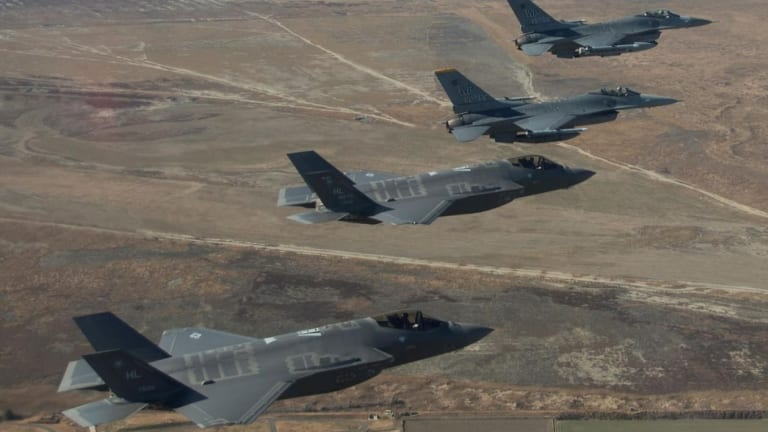 Could Russia's Best Air Defenses Take on America's Best Stealth Fighters?