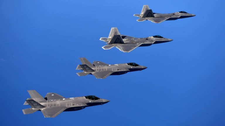 Analysis: Why the Pentagon Does Not Sell the F-22