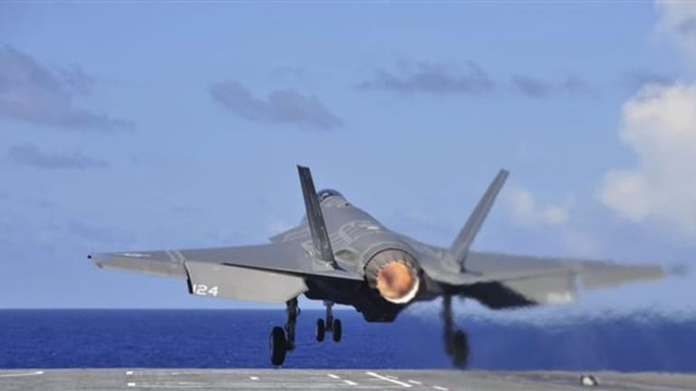 Special: Carrier-Landing a Navy Stealth F-35C