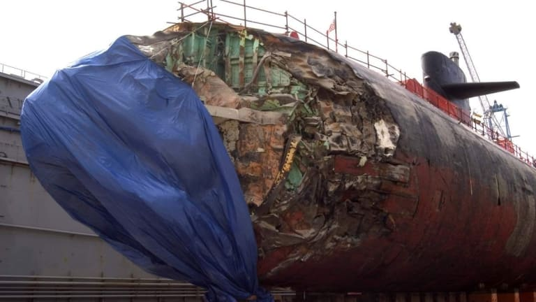 Navy Undersea Submarine Crash - Smashed Into an Underwater Mountain And Survived