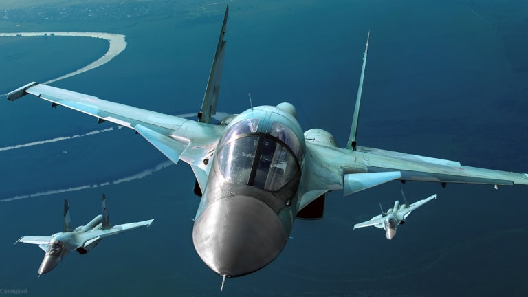 Advanced Russian Fighter Jets Collide in Mid-Air