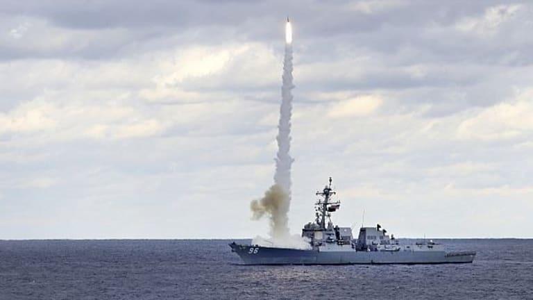 USS Abraham Lincoln CSG Assets Flex Their Muscles