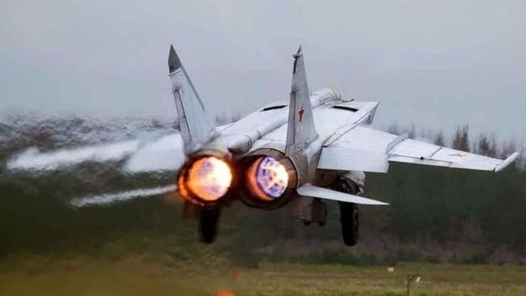 MiG 25 Could Fly So Fast it Blew Up Its Own Engines