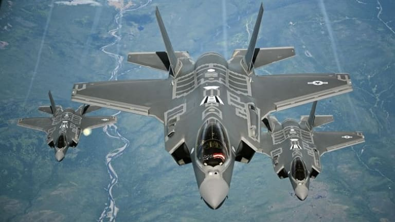 """Future Air Force Jets to Attack With Less """"Central"""" Command & Control"""