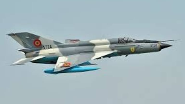 Which is Better, the F-5E Tiger II or the MiG-21?