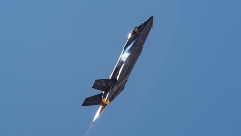 """Air Force S&T Strategy Calls for New """"Vanguard"""" Weapons Programs"""