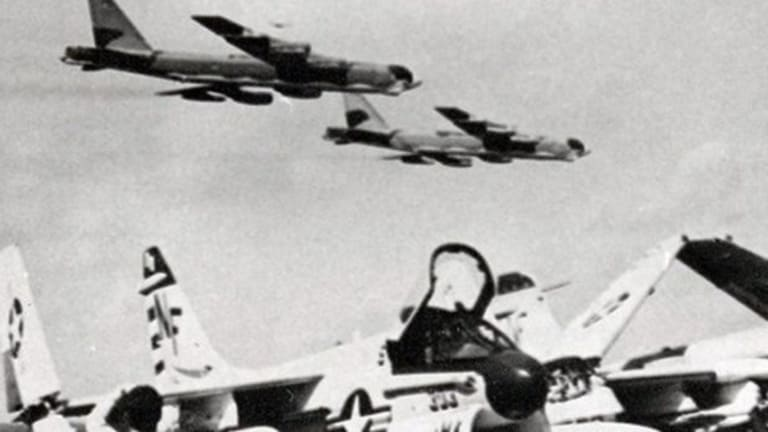 The Madmen Who Flew B-52 Bombers at Wave-Top Heights