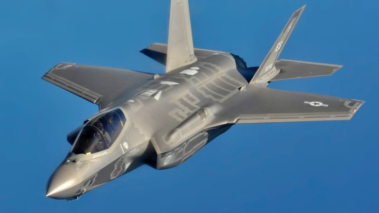 How Russia Plans to Kill the Air Force's F-22 and F-35 in a War
