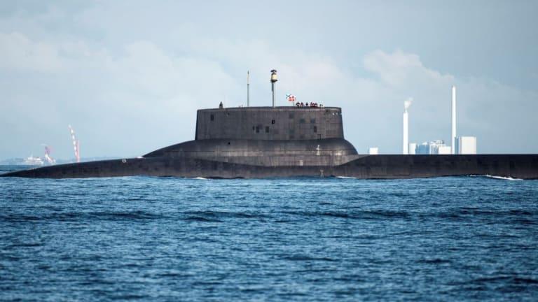 "New Russian Submarine Seen ""Training for War"""