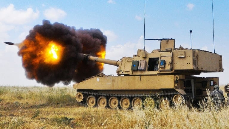 Massive Breakthrough: 155 Howitzer Artillery Destroys Attacking Cruise Missile