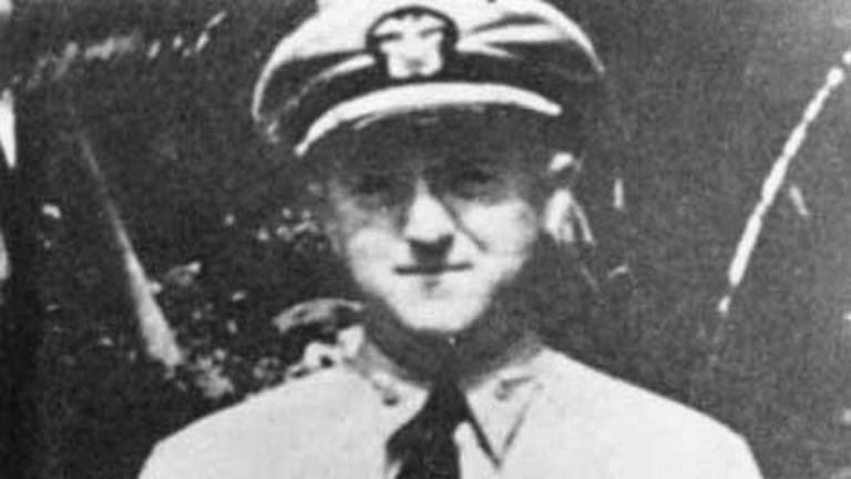 This WWII Sub Captain Went Down With His Ship to Save His Crew