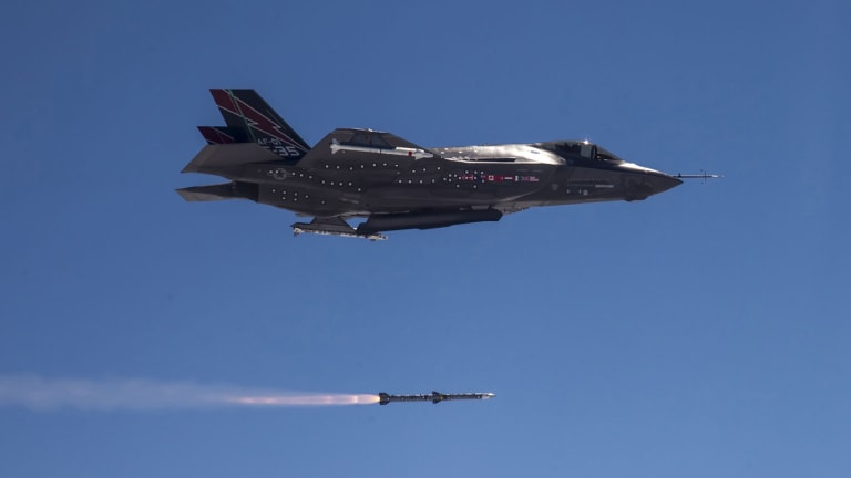 U.S. Air Force Makes Massive Air-to-Air Missile Buy to Arm Fighter Jets