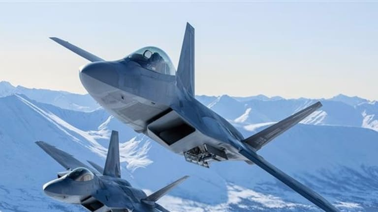 The US Air Force F-22 Gets New Target Tracking Radar