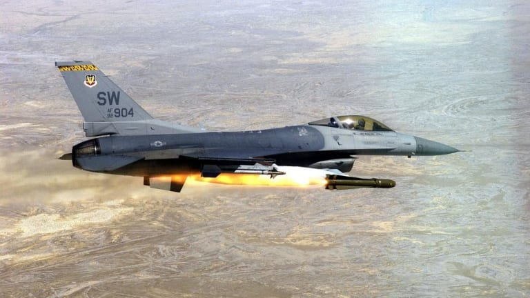 Why Pakistan Loves the F-16 Fighting Falcon