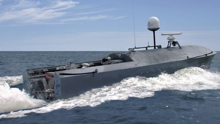 """Navy Plans Large New Fleet of """"Mothership"""" Controlled Drone Boats"""