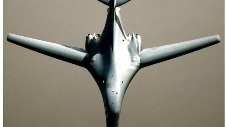 War Analysis: Russian Tu-60 vs. US B-1B Bomber