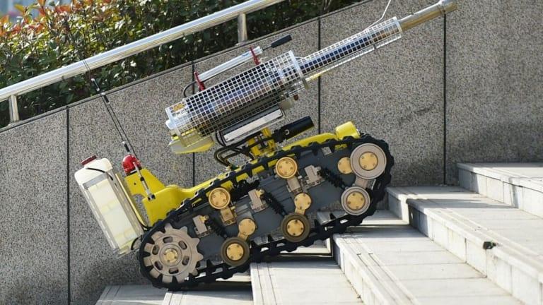 Robot vs. Robot War: China Deploys New Armed Robots