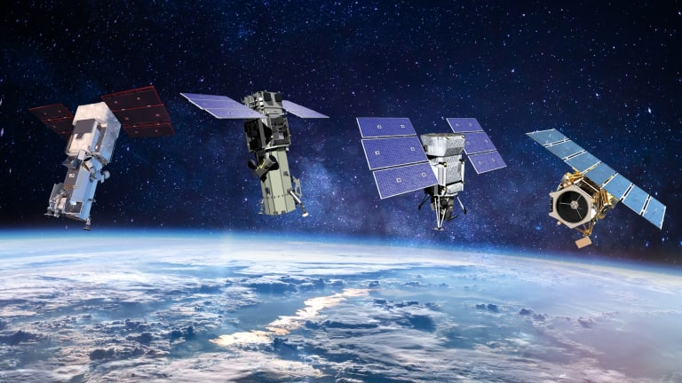 Pentagon Builds New Sensing Weapons for Space War