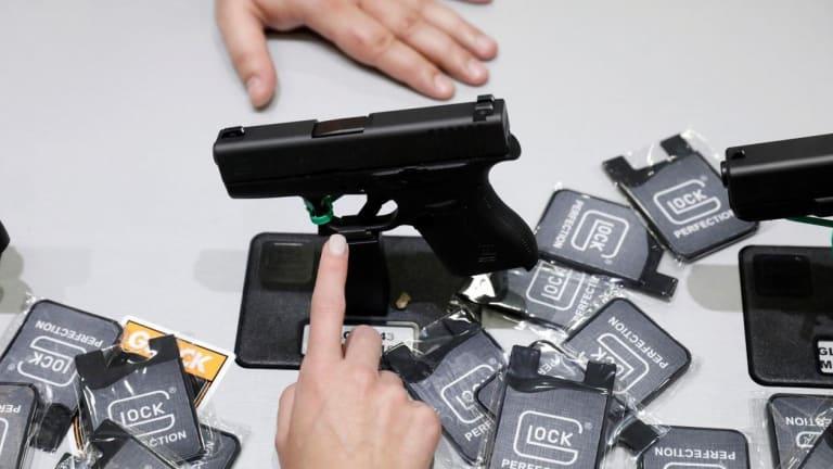 "Do Glock Guns Have a 'Fatal Flaw?"""