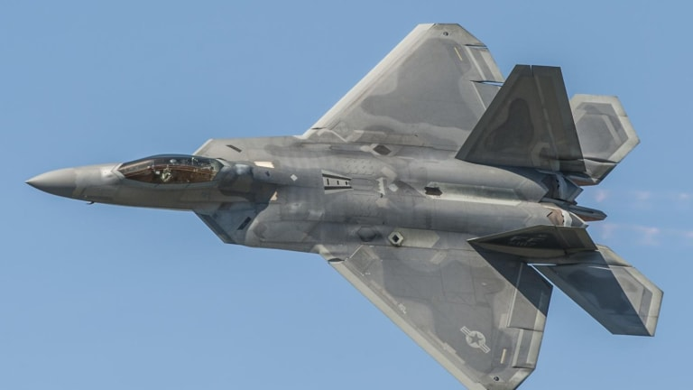 New Report: Not Enough Air Force F-22s