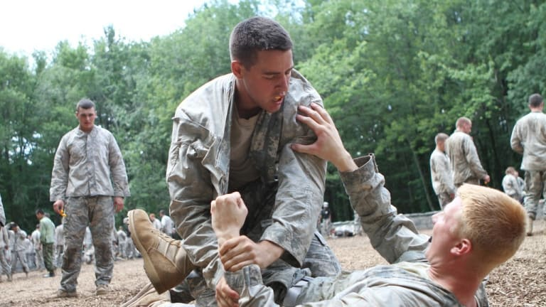 """Army Soldier """"Combatives"""" - Prepare for the Close-in Fight"""