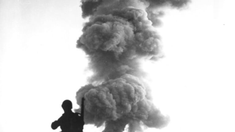 Disarming an Atomic Bomb Is the Worst Job in the World