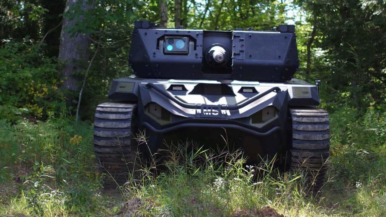 Army Robots Fire Machine Guns, Grenade Launchers and Anti-Tank Missiles