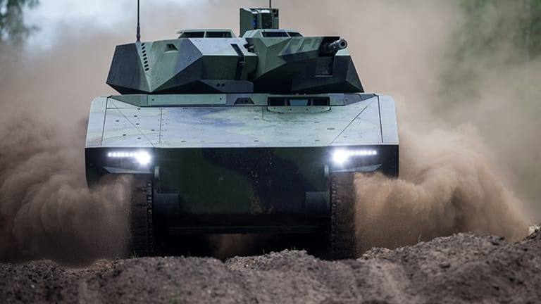 """Massive Industry Team Offers Army New U.S.-Built """"Lynx"""" Infantry Fighting Vehicle"""