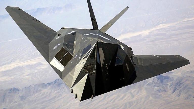 F-22s go to War Against Gulf War Era F-117 Night Hawk Stealth Jets in Massive New Wargame