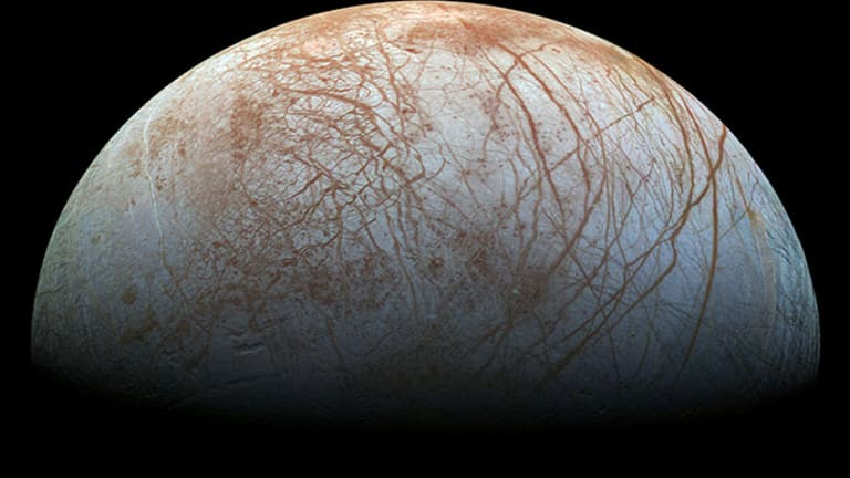 """Scientists Think There May Be Ocean """"Life"""" Beneath the Ice on Jupiter's Moon"""