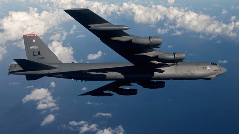 Classic 1960s-Era B-52 Bomber to Fly into 2030s