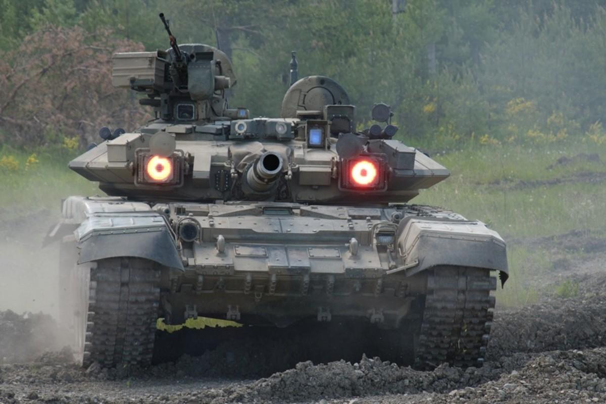 Iran has Russian T-90 Tanks