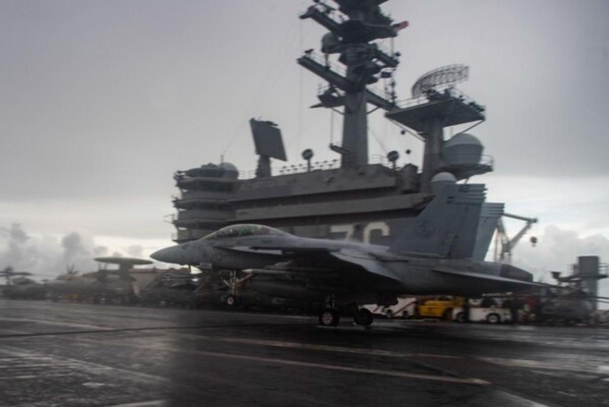 USS U.S. Navy Carrier Strike Group