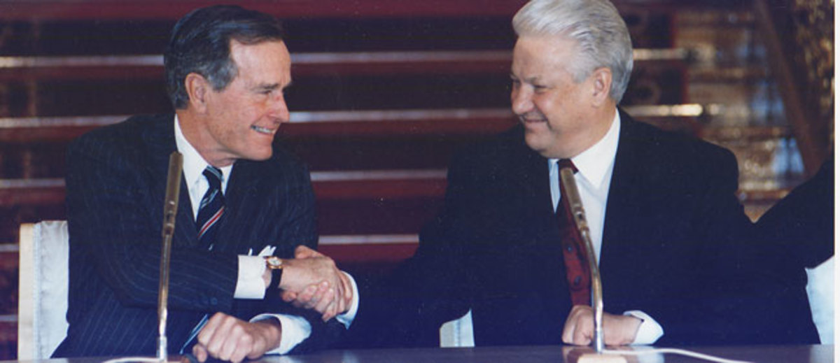January 3, 1993: After the demise of the Soviet Union, President Bush and Russian President Boris Yeltsin sign the START II Treaty in Moscow. Photo: George H. W. Bush Presidential Library and Museum